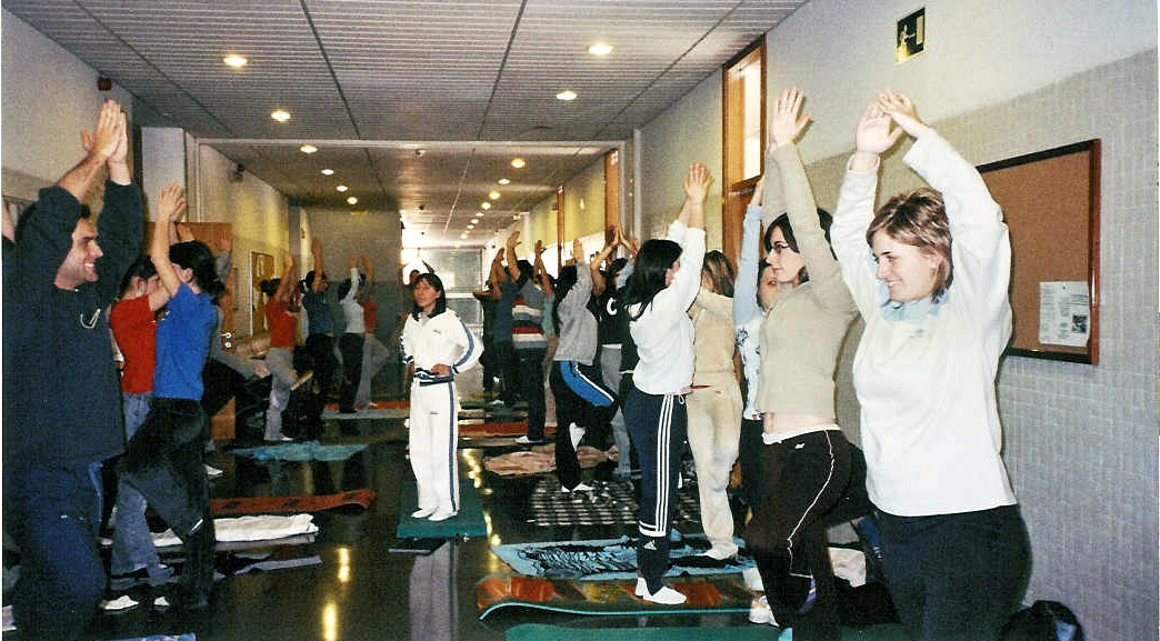 Yoga-Pasillo